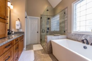 604BluffPointe_ColumbiaSC_Bath-3503